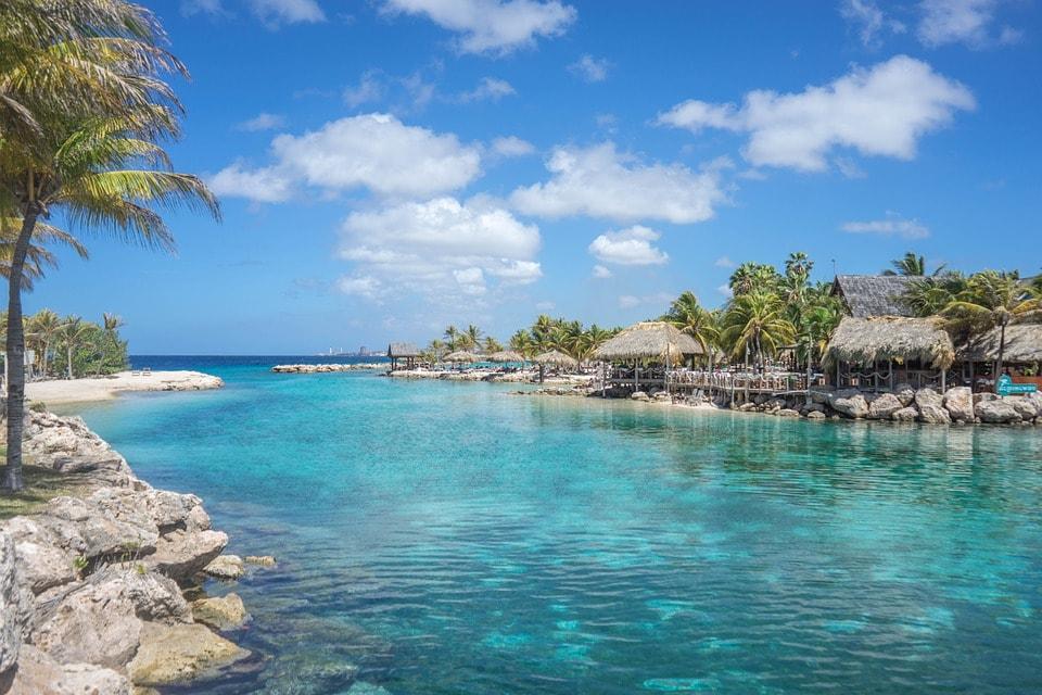 Découvrir la beauté de la Martinique en louant une voiture